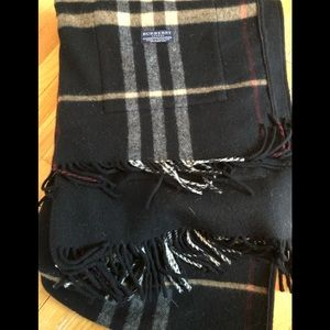 Burberry black wool/cashmere shawl